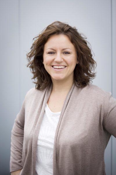 Portrait Sabrina Bechtel Health Kinesiologin | Speakerin | Dozentin | Experting für Stressreduktion und Kommunikation